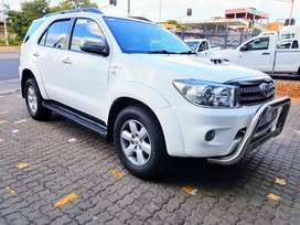 2011 Toyota Fortuner Automatic 4x4 d4d