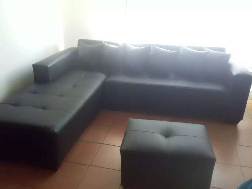 L-shape couch 0