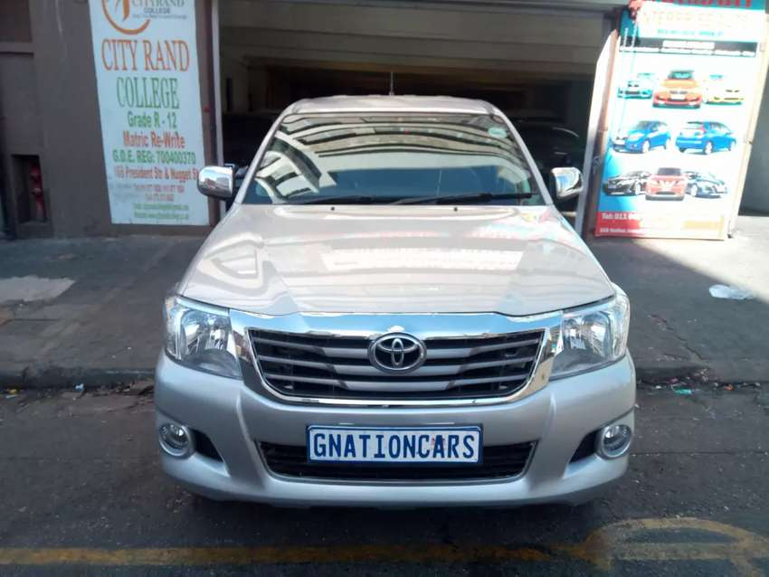 Toyota Hilux 2.5 4×4 for sale 0