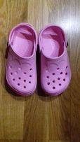 Crocs Кроксы,каралки,резиновые тапочки .на стопу 16.5-17,.5 см 32 р