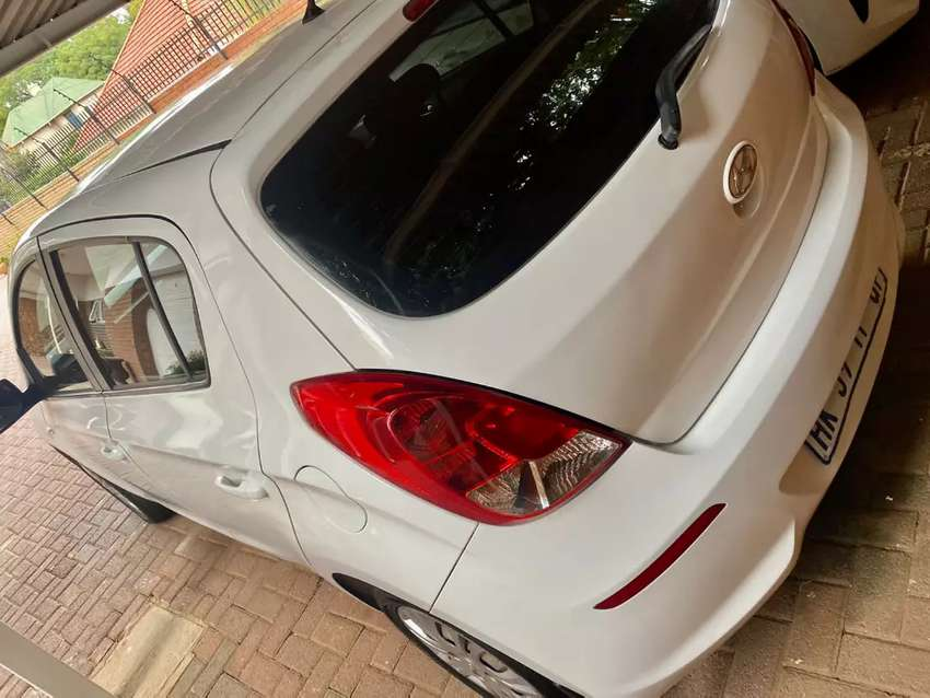 Hyundai i20 1.4 Petrol Hatchback Automatic For Sale