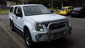 2010  ISUZU KB250  DTEC MANUAL DIESEL