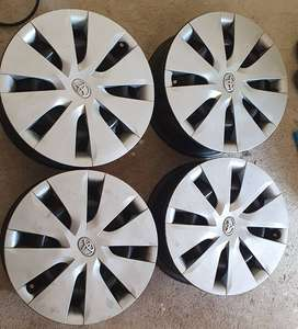 toyota corolla quest 15 inch steel rims and wheel caps