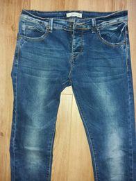 Spodnie męskie r. 31