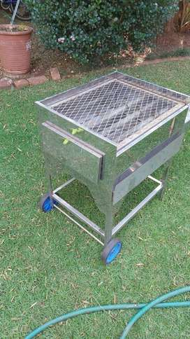 Stainless Steel Gas Braai