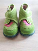 Nowe pantofle Primigi rozmiar 20