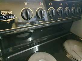 Defy 631 Gold Stove /Oven