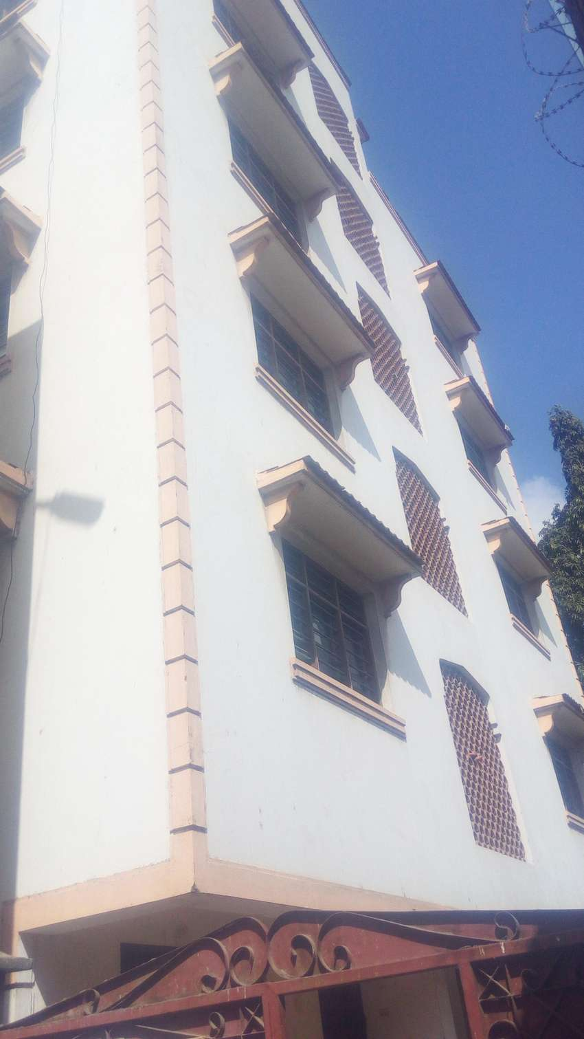 A modern 1br apartment to let at Sabasaba area 0