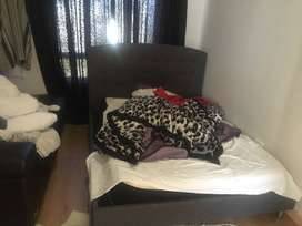 master single bed room in flat in 19 invicta road
