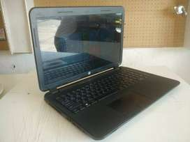 6 MONTHS OLD HP LAPTOP (mint condition)