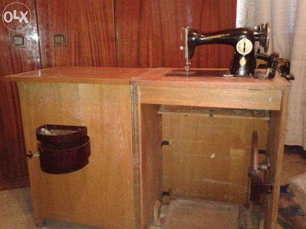 стол для швейной машинки Подолка