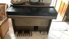 Yamaha organ for sale