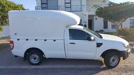 1 Ton Bakkies with High Volume Canopy Required