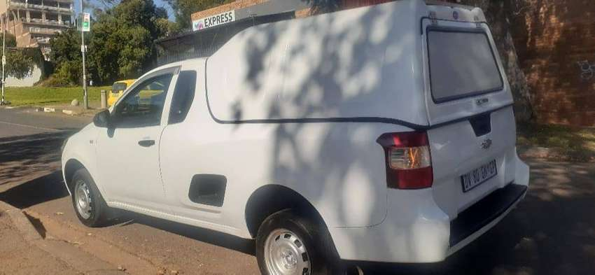 CHEVROLET UTILITY BAKKIE 1.4 WITH CANOPY