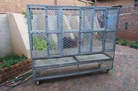 Galvanized pigeon breeding cage with wheels