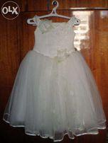 Нарядное платье на девочку 5-9 лет на утренник в школу или детский сад