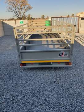 4m x 1.7 double axle braking system with 1.0m sides