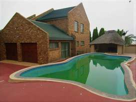 Upcoming Auction: Stunning 4 bedroom house in Die Heuwel, Witbank