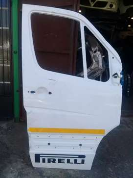 VW Crafter right front door