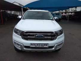 2017 white  ford everest 2.2 XLT Automatic transmission
