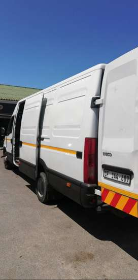 IVECO PANEL VAN - REMOVALS, DELIVERIES AND COLLECTIONS