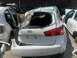 Kia Cerato Hatch Stripping For Spares