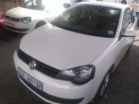 Volkswagen Polo Vivo coupe 1.4