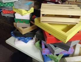 32 assorted wooden gift boxes
