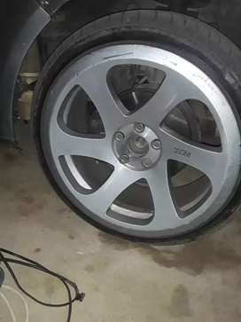 3sdm 17 inch with tyres