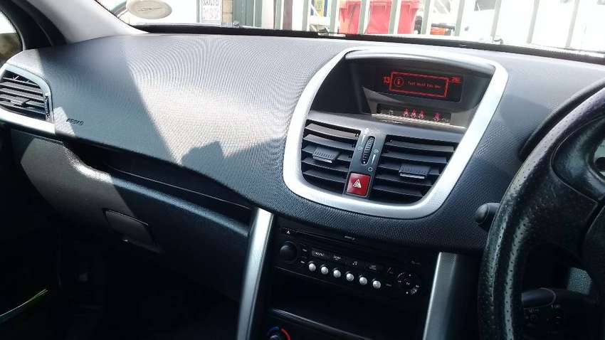Peugeout 207 for sale by owner 0