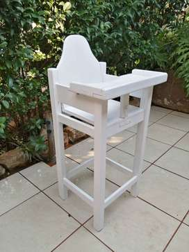 Lovely white solid wood baby high chair.
