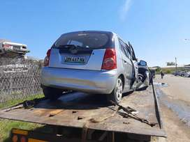 KIA PICANTO 1.1 G4HG STRIPPING FOR PARTS