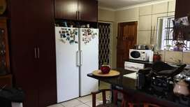 2 Bed 2 Bath Full Title In small Complex Meyerton