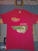 Мужская футболка GILDAN розовая размер S.