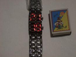 Новые стильные электронные часы