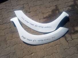 toyota hilux D4D right and left wheel arch