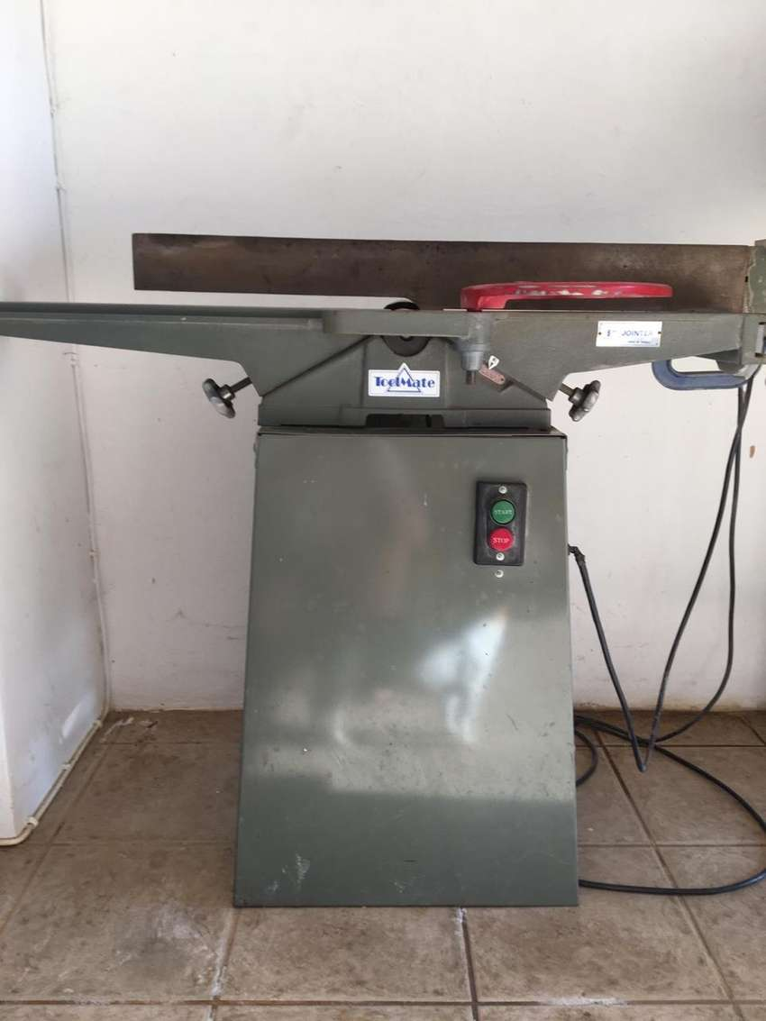 Rockwell radial arm saw and wood planer 0
