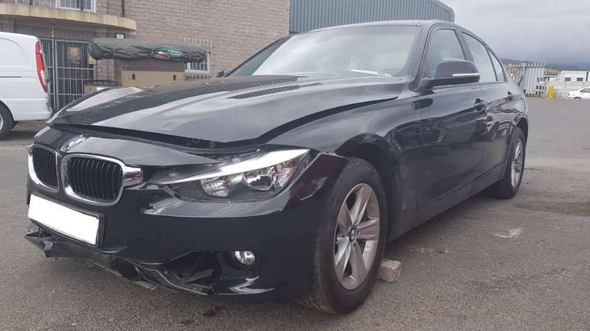BMW F30 320i 3 series auto stripping for spares. 0