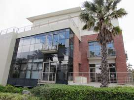 111m2 Office to Let in Century City