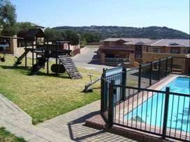 Townhouse to Rent - 01 April 2020