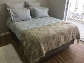 Sleepwell Queen Size Bed & Base.