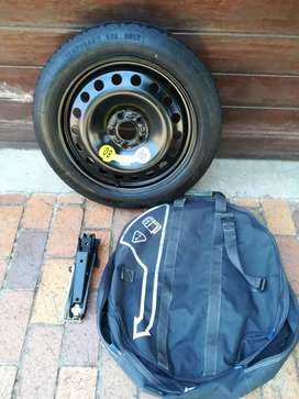 Volvo C30 17 inch Space Saver Spare Wheel with New Tyre Wheel Bag Jack