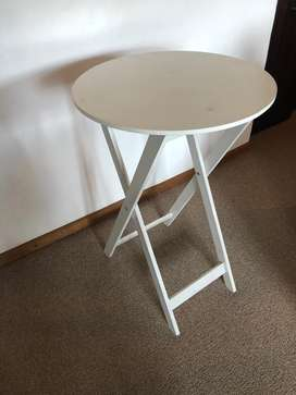 Round Coffee/Bedside Table