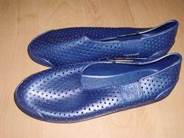 Gumowe, włoskie buty do wody, rozm. 38