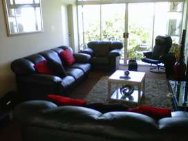 Extra large room for rent - Umhlanga