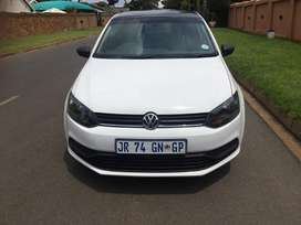 Reduced to go! 2016 Volkswagen polo up for grabs!
