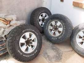 6 TOYOTA RIMS AND TYRES AND ONE LOOSE RIM 4 TYRES STILL NEW23