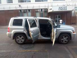 Jeep patriot limited 2.4 auto for SELL