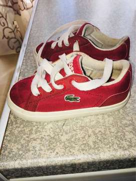 LACOSTE SNEAKERS (size 5)