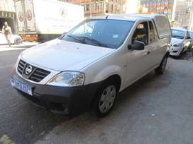 2014 Nissan NP200 With Canopy
